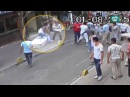 Boxeador Irlandes , Briga Com Dezenas de Turcos , Nas Ruas de Estambul