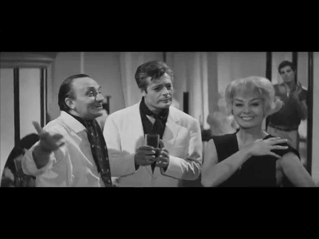 Сладкая Жизнь Феллини ( финальная сцена)