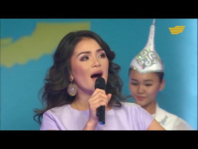 Айкерім Қалаубаева -Ақ көгершін( Бенефис шоу Мерекелік шығарылым 2015)