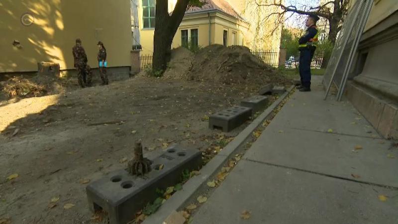 Mázsás rombolóbomba miatt kiürítik a Krisztina tér környékét