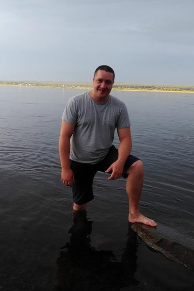 Олег Кутузов