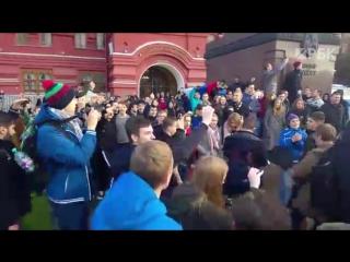 Акция в поддержку Навального в день рождения Путина