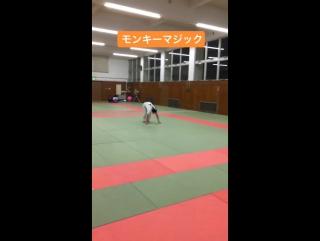 Акробатика Анзу Ямамото