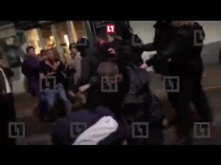 Feduk был избит неизвестными на улице [Рифмы и Панчи]
