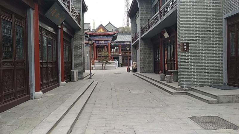 городок боковой вход