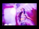 Выступление с песней «Into You» в рамках турне «Dangerous Woman Tour» в Токио, Япония 12 августа 2017
