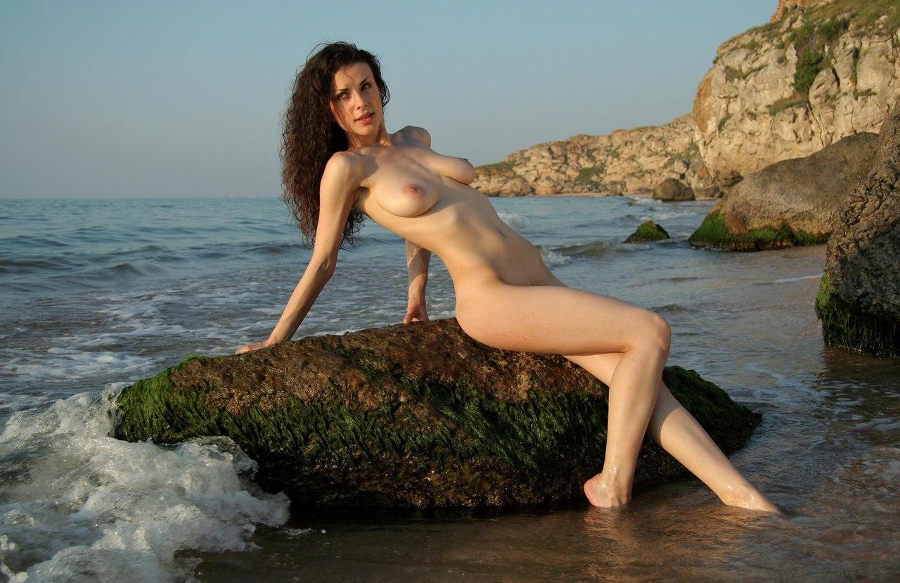 Shemale playgirl Juliana Souza acquires ass boned