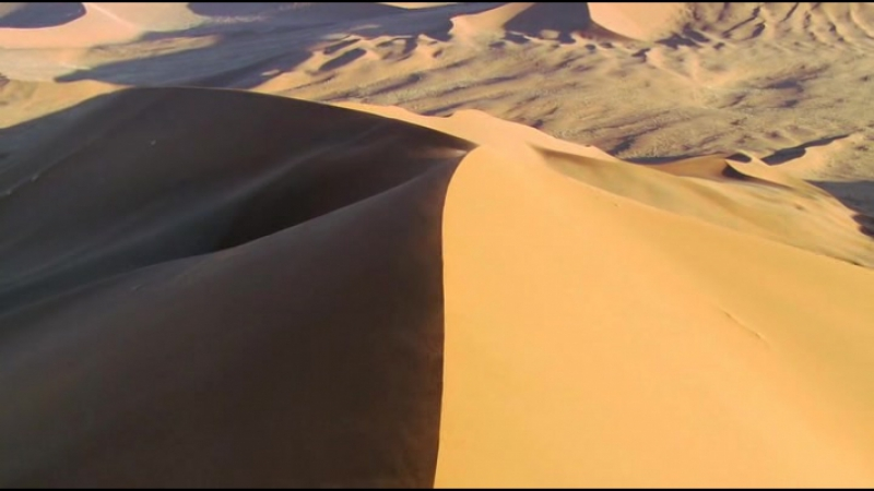 BBC: Планета Земля / Planet Earth / 2006 / 05. Пустыни.
