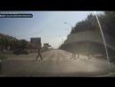 ▶ Очевидцы аварии прошли мимо сбитого пешехода в Магнитогорске