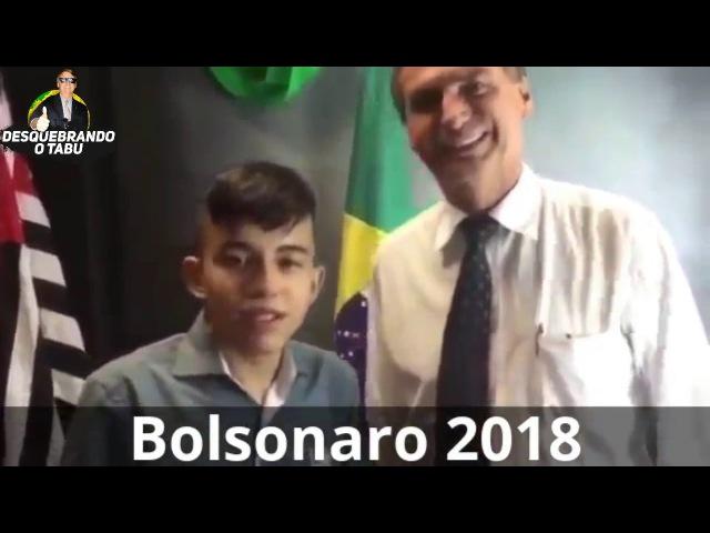 GAROTO VIAJA SEM AVISAR AOS PAIS PARA CONHECER BOLSONARO