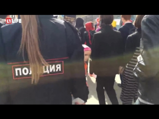 Первомайская «Монстрация» в Хабаровске
