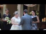 Свадебного регистратора вырвало прямо во время произнесения клятвы. На свадьбе