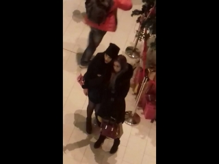 Уточки в торговом центре