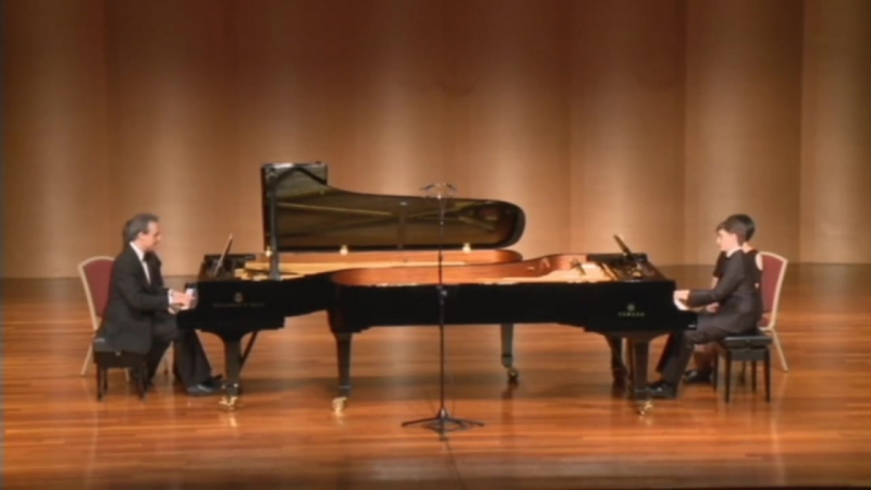 MultiPiano in the Far East - Mozart-Grieg - Sonata K. 545 fo