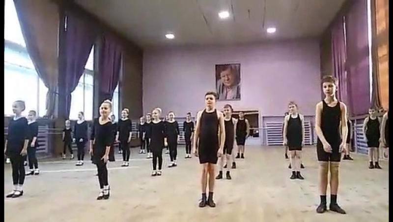 Открытое занятие в школе-студии ансамбля Зоренька - преп. Игуменова И.В.