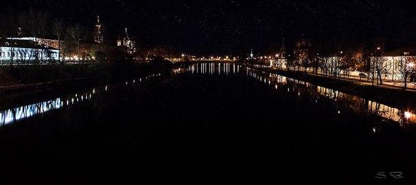 Красочных снов, любимый город!  Фото: Бондаренко Сергей