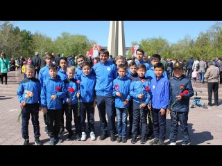 В День Победы бело-синие возложили цветы к Вечному огню