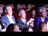 Счастливый Джаксыбеков на концерте Кайрата Нуртаса и Светланы Лободы