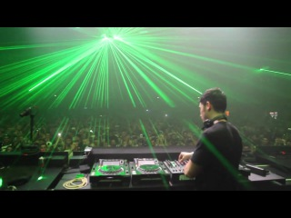 The final moments of Dax J, closing down Awakenings ADE 2016