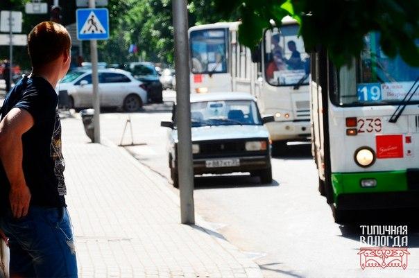 Таблички с летним расписанием автобусов появятся на остановках Вологды
