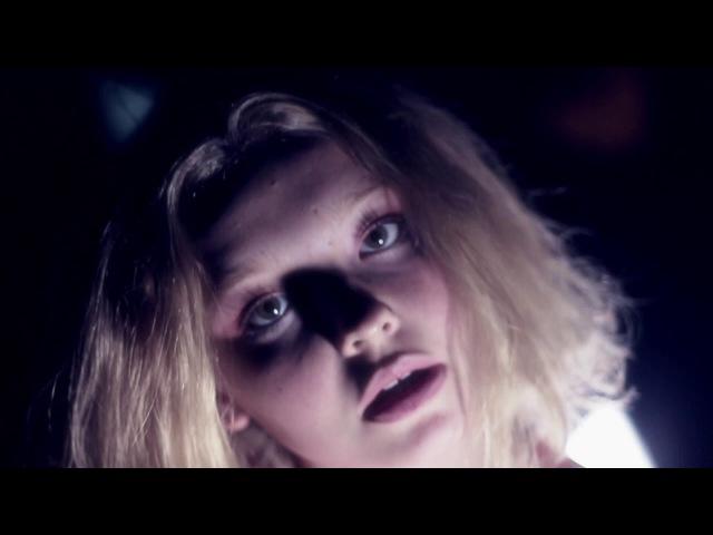 Millie Turner - Eyes On You