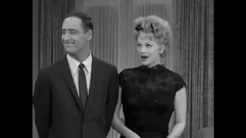 The Lucy Show S01E21 in No More Double Dates