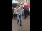 Постановщик и исполнитель Пётр Ковалёв