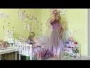 Зажигательный танец мамы Анжелы и доченьки Камиллы @ angela_nasyrova 😍 Ой, как же я хочу доченьку к моей банде из пока 2х мальчи