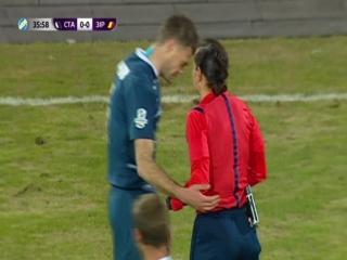 Сувора Катерина Монзуль і ніжний Максим Каленчук😍😍😍  Романтичного вам футбольного вечора🍾🍓🍒