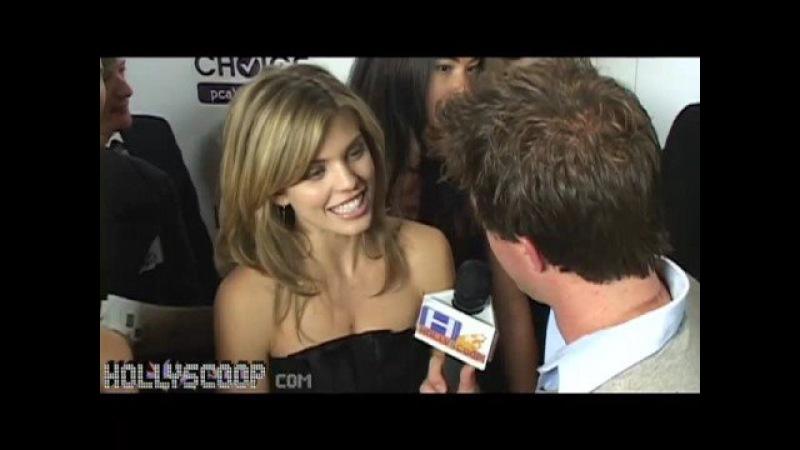 90210 Star Annalyne McCord Addresses Rumors