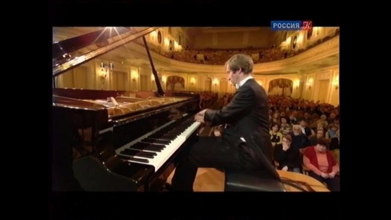 Бетховен. Концерт №4 для фортепиано с оркестром. Солист Николай Луганский, дирижёр Владимир Спиваков. Запись 2013 года.