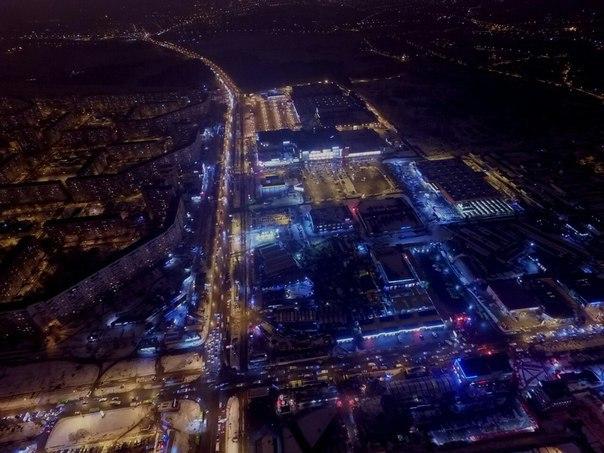Харьковчанам показали вечернюю Салтовку с высоты (ФОТО)
