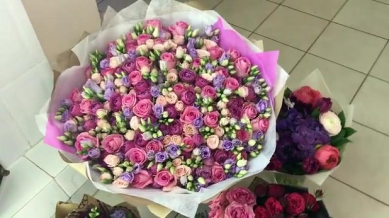 Столько цветов , подарков поздравлений в честь дня рождения нашей линии Granted Pelle . Меня так вдохновляет ваш восторг . Впере