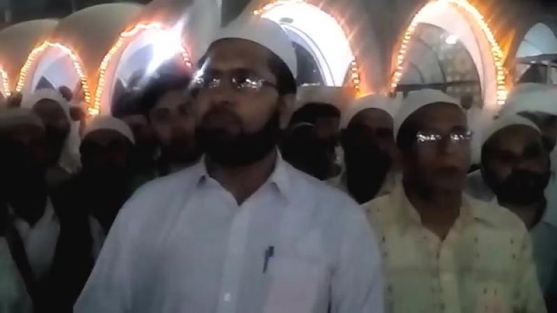 WEEKY MEHFIL-E-ZIKAR-E-QALAB AT Data Darbar Lahore. - YouTube