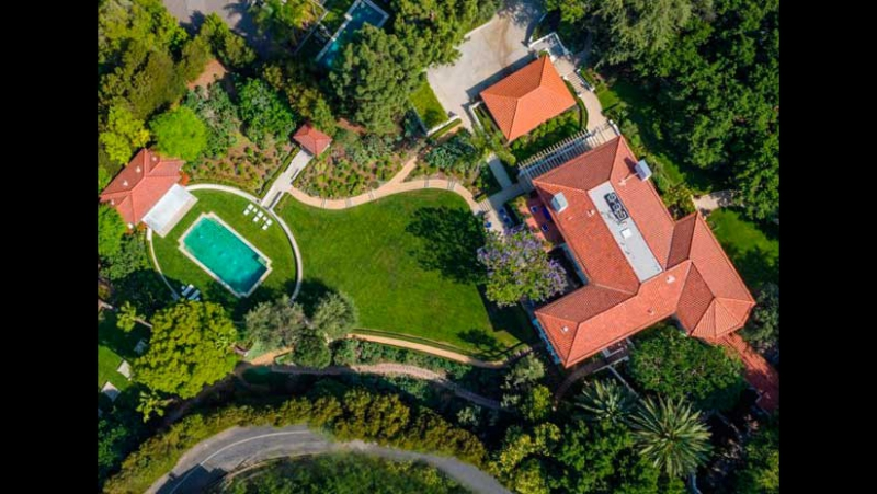 Дом Анджелины Джоли в Лос-Анджелесе