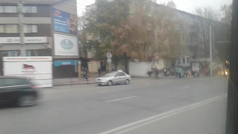Їзда тролейбусом 166 (тр11) , вул. Мазепи