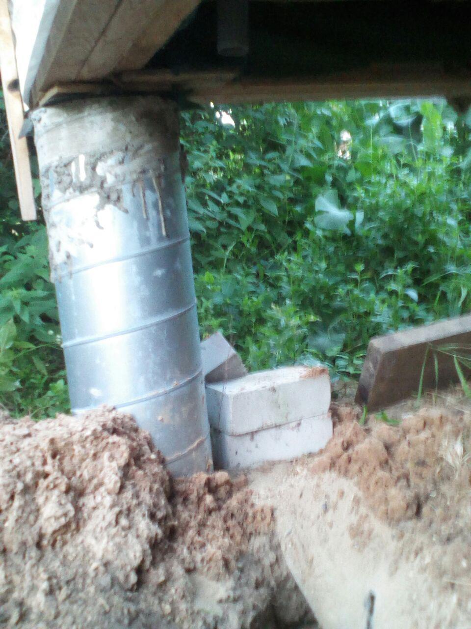 ввод трубы скважины в дом