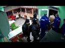 Голый мужик наркоман в кафе города Саратов
