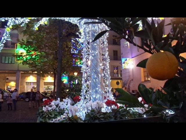 Luci d'Artista Salerno Luminarie di Natale Cielo Stellato per tutta la città