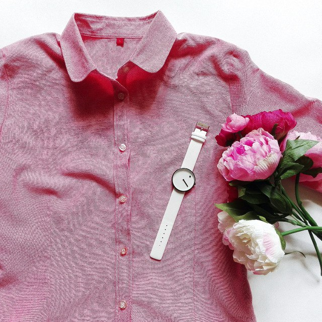 Однотонная рубашка из магазина bravechungs store