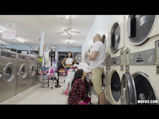 Annika eve (latina gets facial in laundromat) [blowjob, doggystyle, facial, missionary, pov, 720p]
