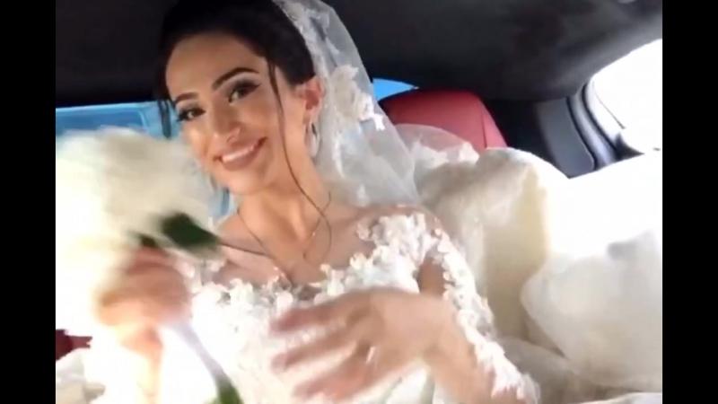 Невеста после курса отбеливающих полосок WS