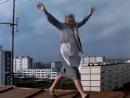 Татьяна Пельтцер - Песня Анны Петровны на крыше (Приключения желтого чемоданчика)