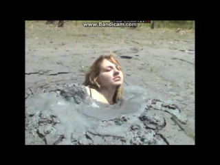 Girl gets off in quicksand