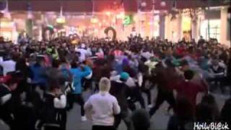 Dream High Flashmob (рус. саб.)