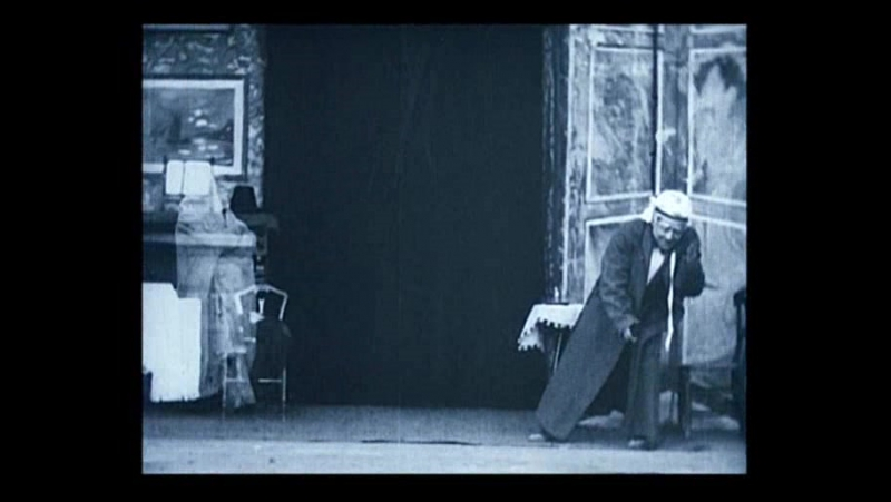 44 Scrooge, or Marleys ghost (Robert W.Paul, 1901)