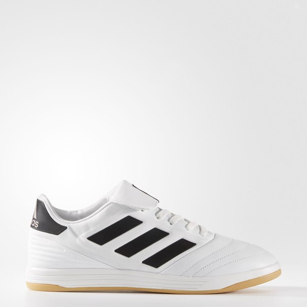 Футбольная обувь Copa Tango 17.2