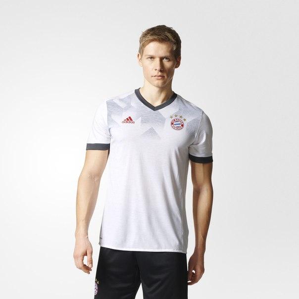 Предматчевая футболка Бавария Мюнхен Home