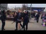 Задержания людей на митинге #ДимонОтветит в Москве