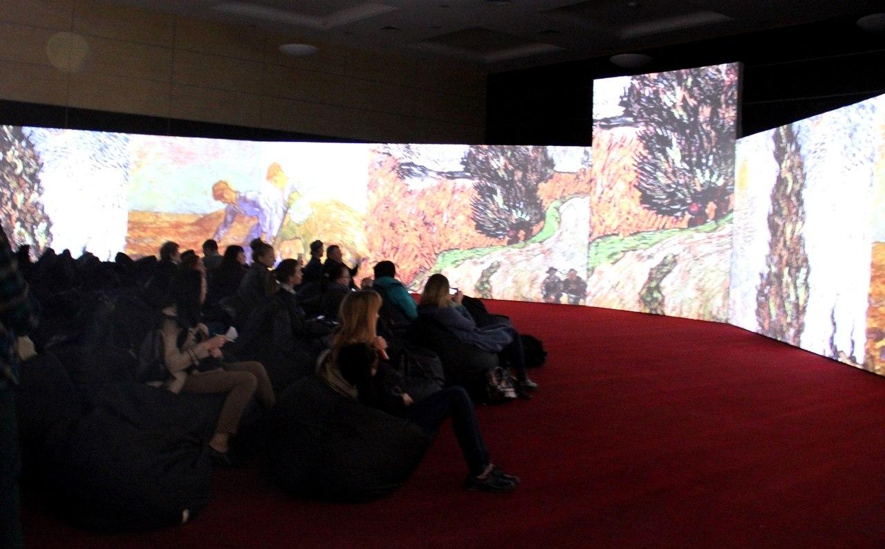 Главный экспонат: 5 октября в «ДонЭкспоцентр» открылась выставка «Ван Гог – ожившие полотна»